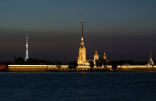 st_petersburg_neva_river_night
